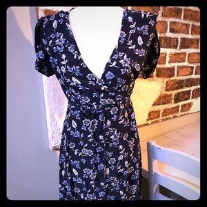 GAP wrap midi floral dress